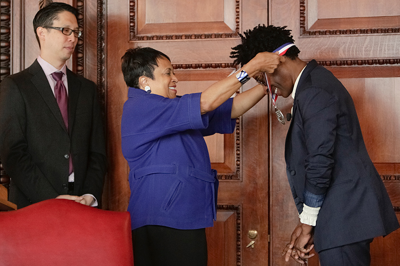 Jacqueline Woodson receives her medal: Photo Credit: Library of Congress http://www.read.gov/cfb/ambassador/index.html